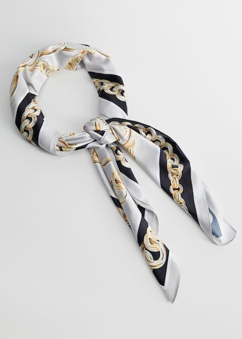 Pañuelo estampado cadenas