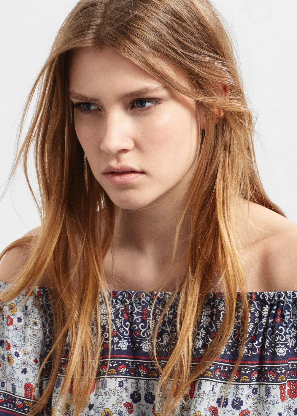 Contrasting print blouse | MANGO