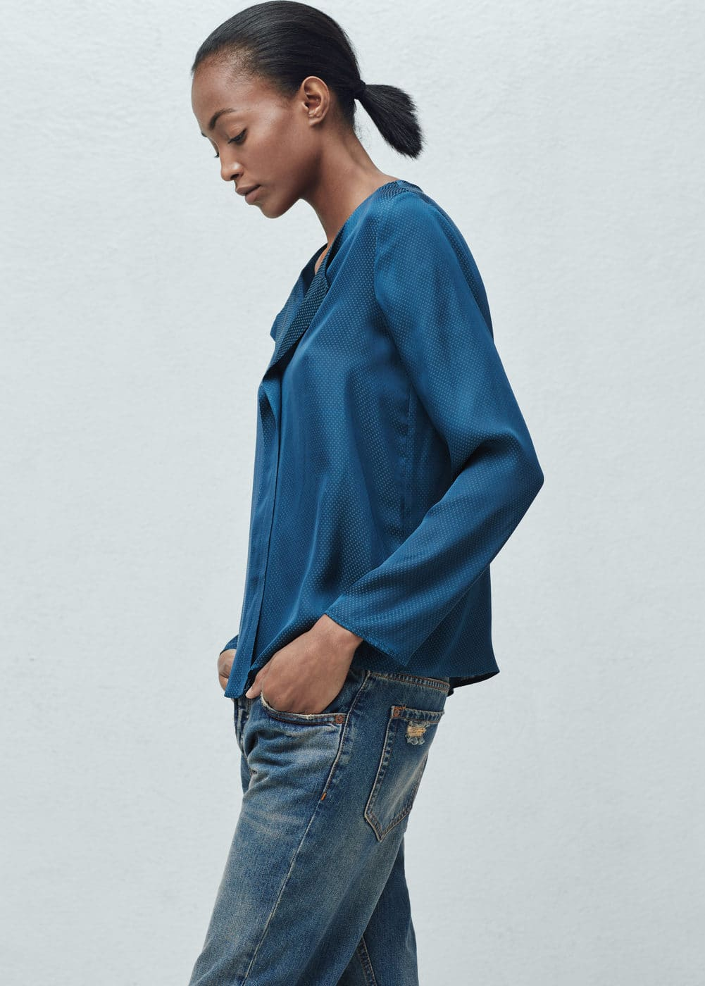 Polka-dot textured blouse | MANGO