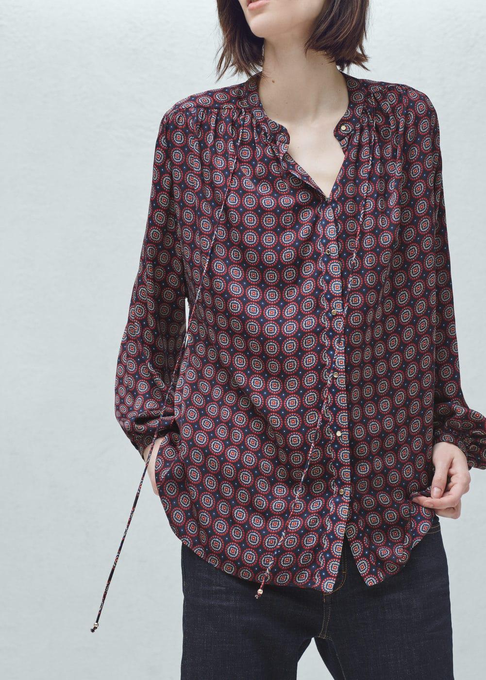 Flowy printed blouse | MANGO