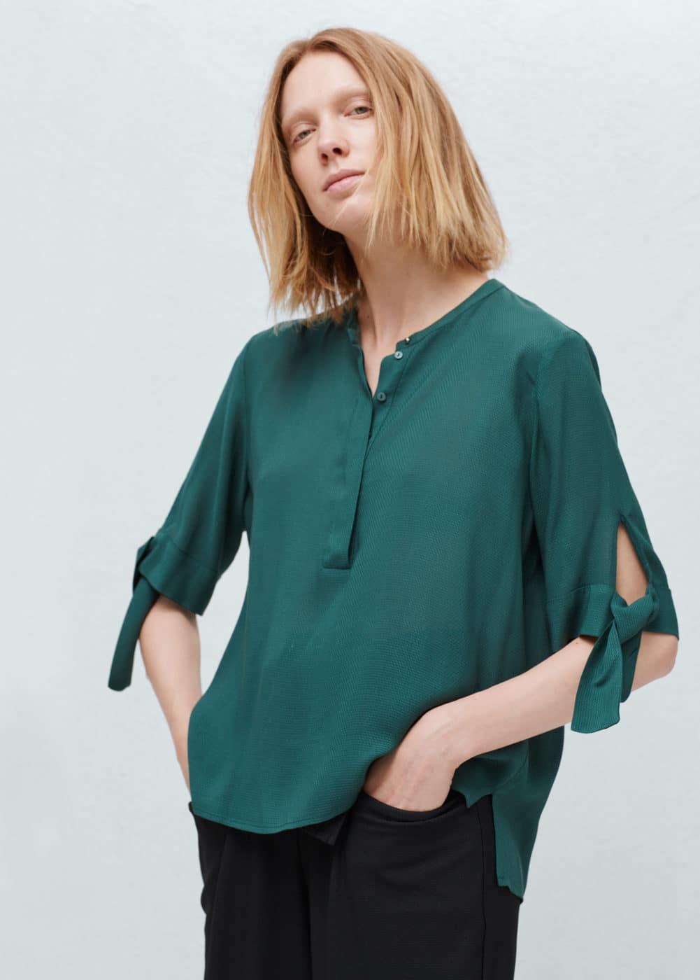 Blusa fluida textura | MANGO