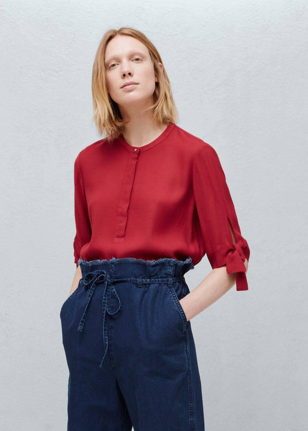 Flowy textured blouse   MANGO