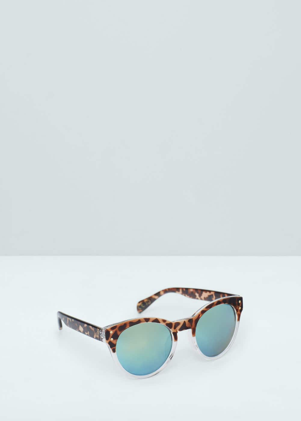 Mirrored lenses sunglasses   MANGO