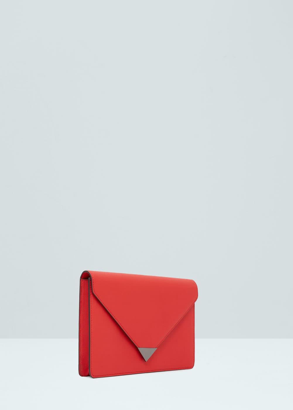 Flap pebbled clutch | MANGO
