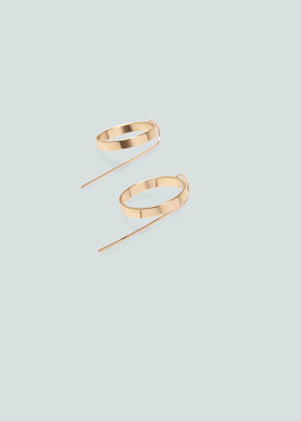 Hoop earrings | MANGO