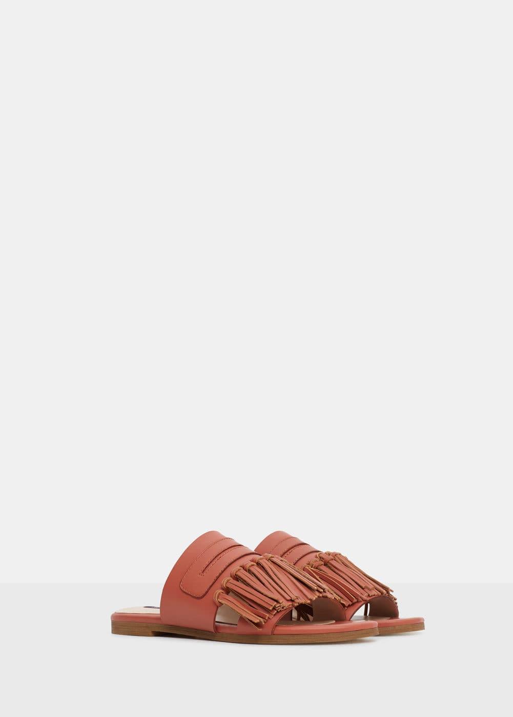 Fringe leather sandals   VIOLETA BY MANGO