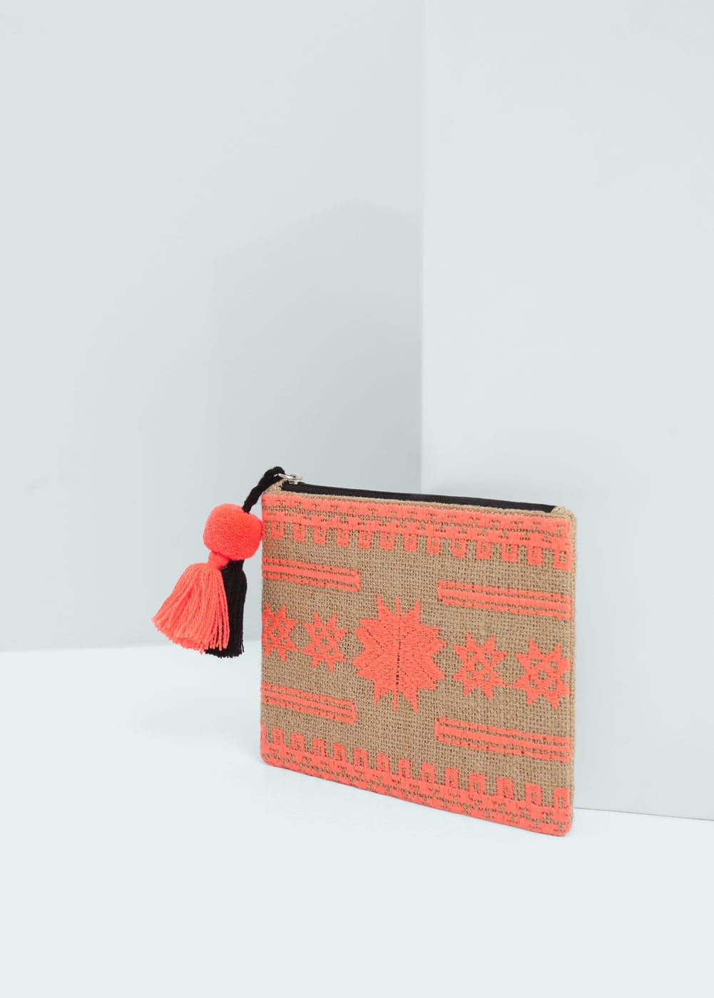 Embroidered jute cosmetic bag | MANGO