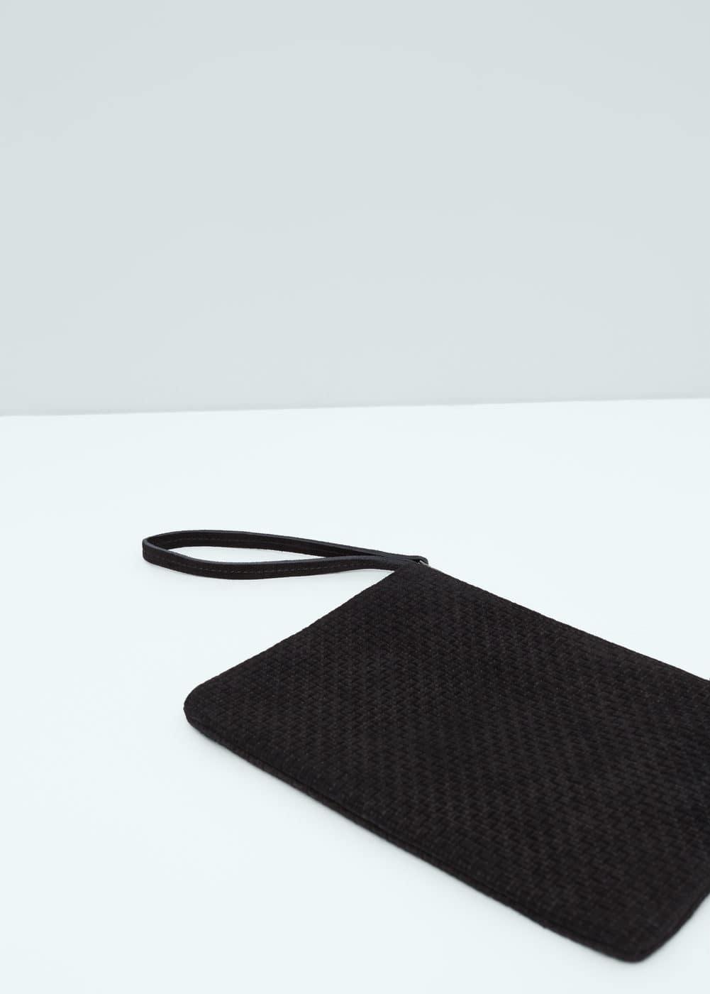 Zipped leather clutch | MANGO