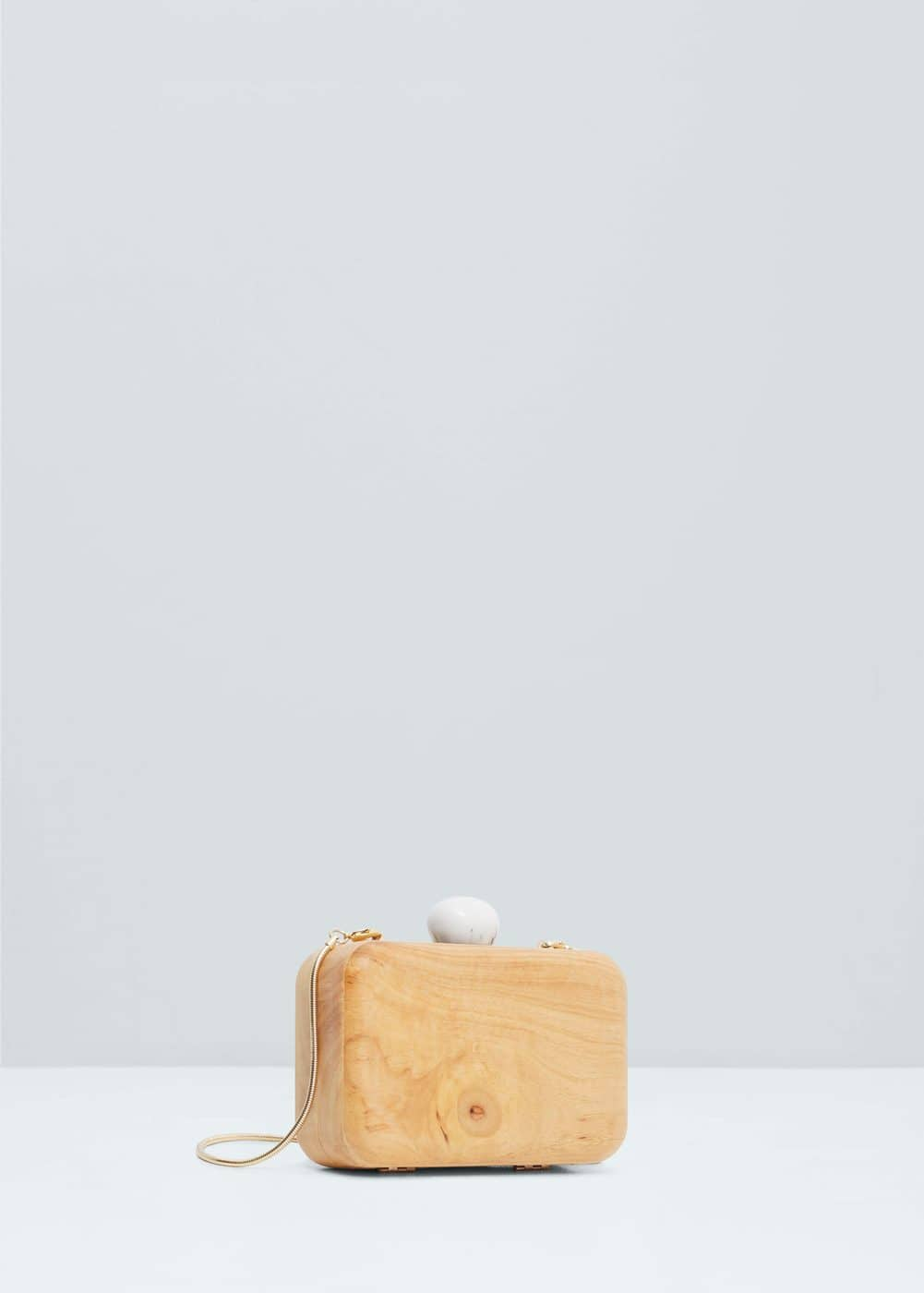 Wood clutch | MANGO