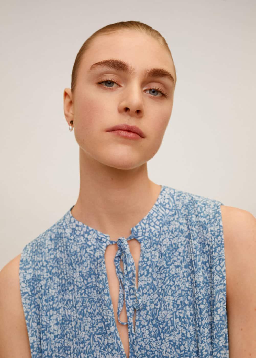 m-mauri:vestido plisado floral