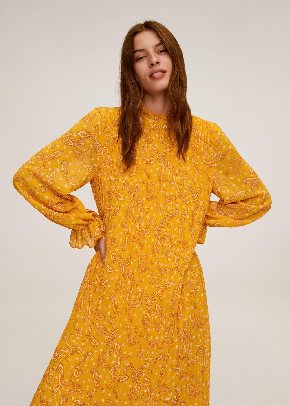 m-momoa-a:vestido estampado paisley