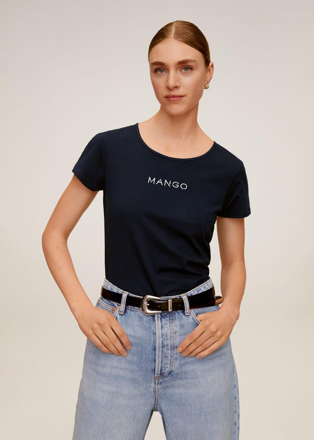 m-mangolog-h:camiseta logo bordado