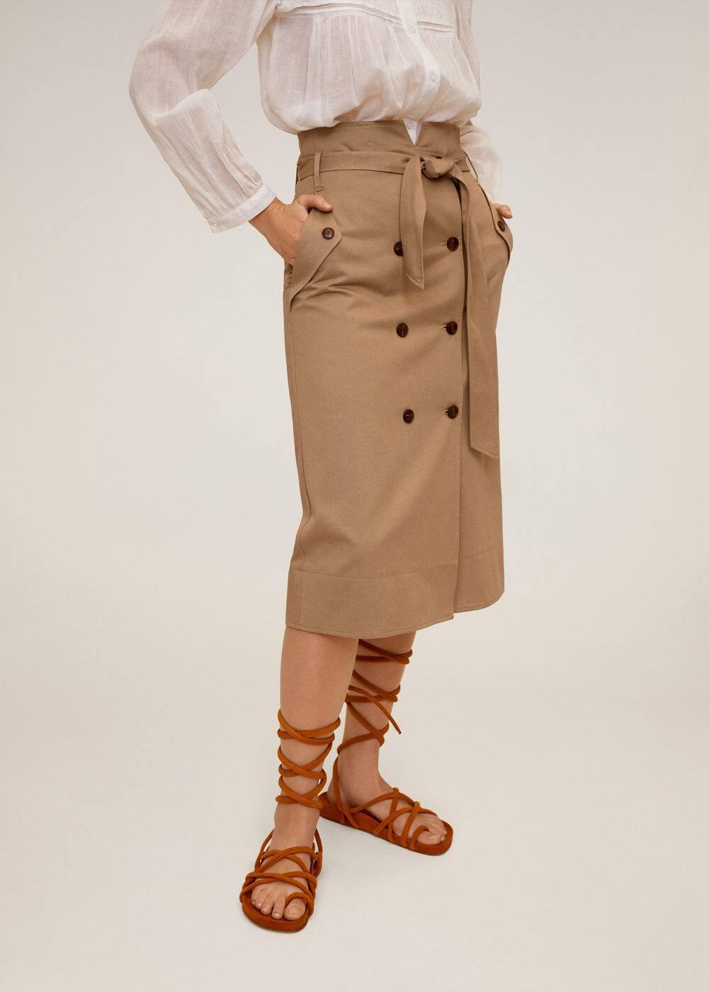 m-cesi:falda doble botonadura