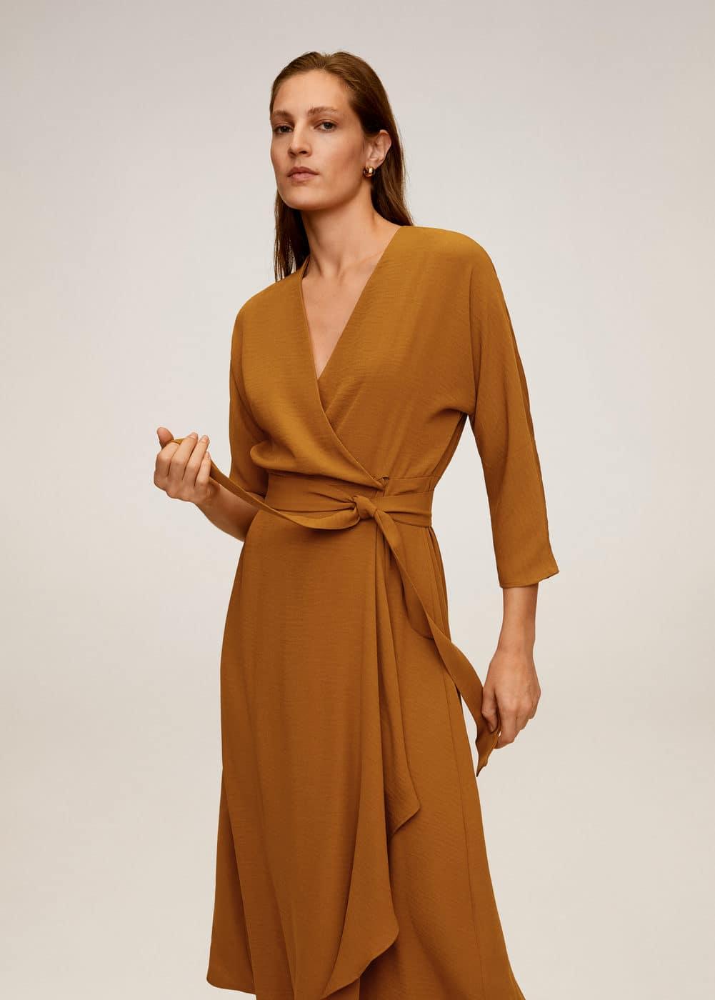 m-olivia:vestido midi cruzado