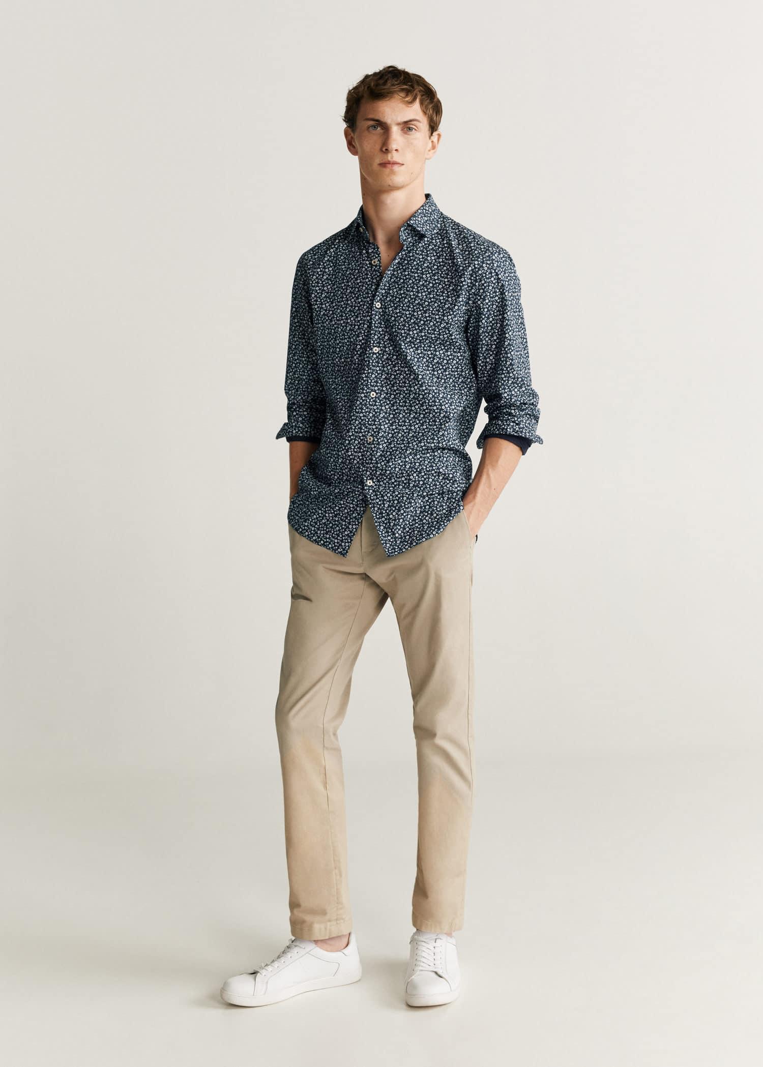 Skjorte slim fit med blomster trykk Menn | Mango Man Norge