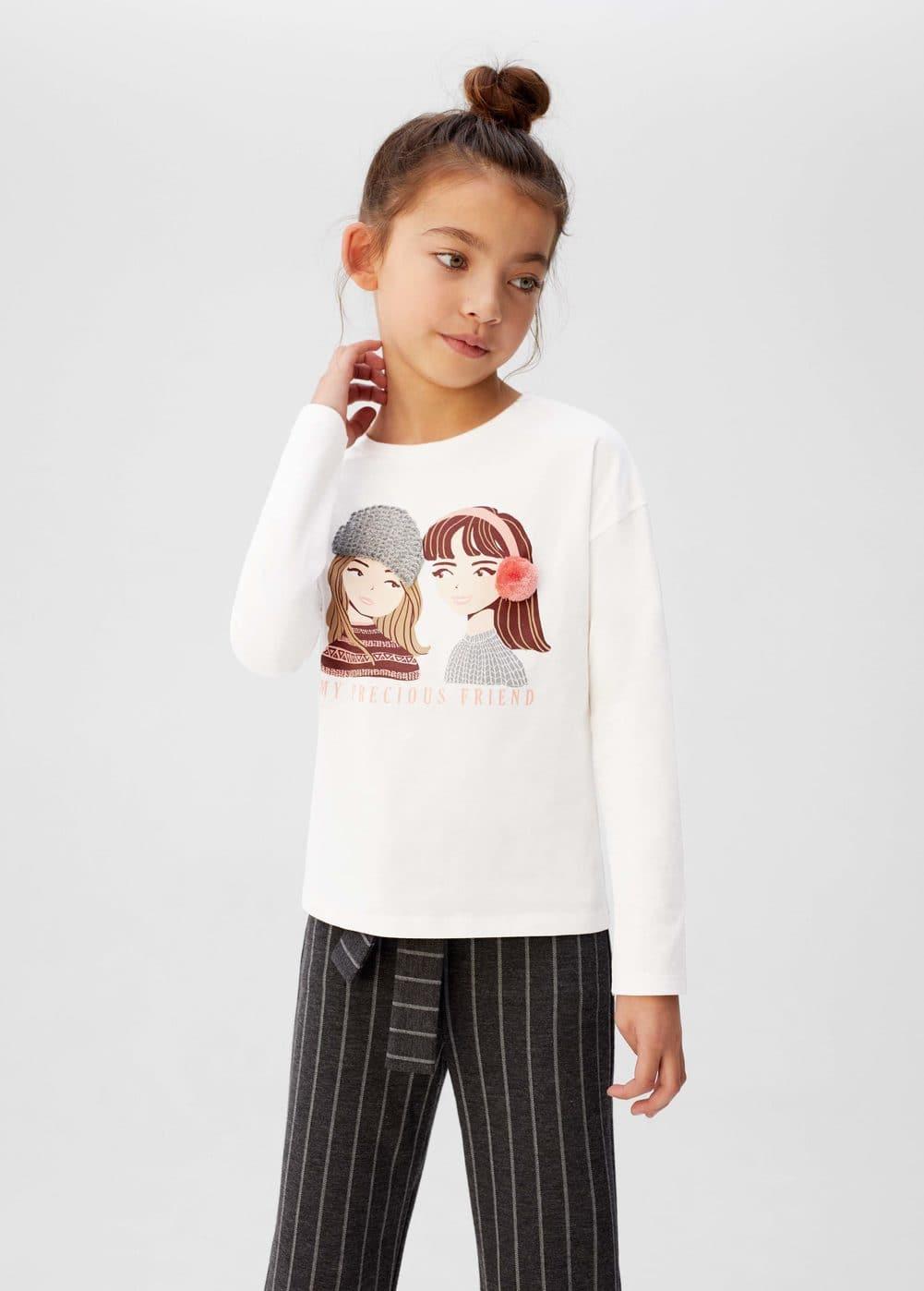 a-girls:camiseta estampada detalles bordados