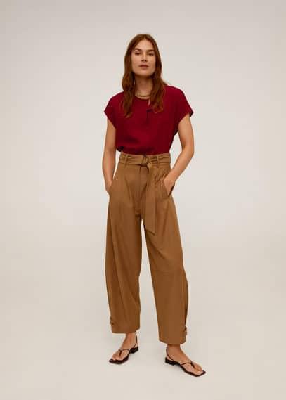 Блузка с рукавами