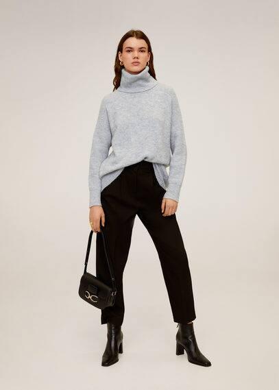 Объемный свитер с воротником с отворотом - Donate