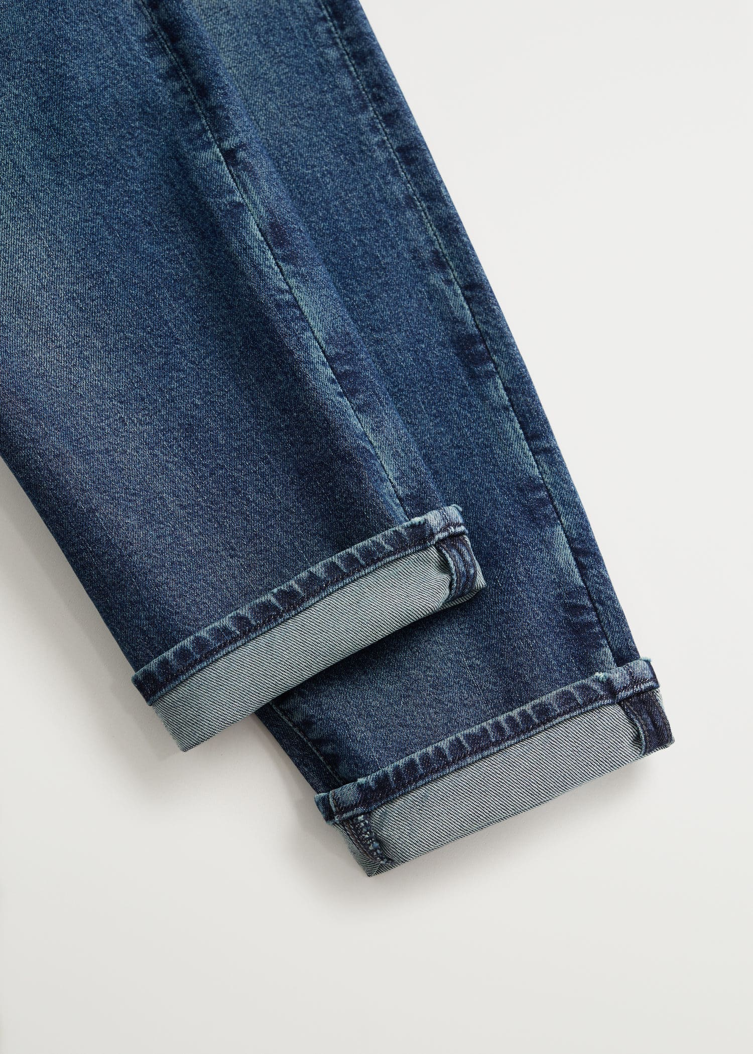 Tapered fit soft lyocell touch tom