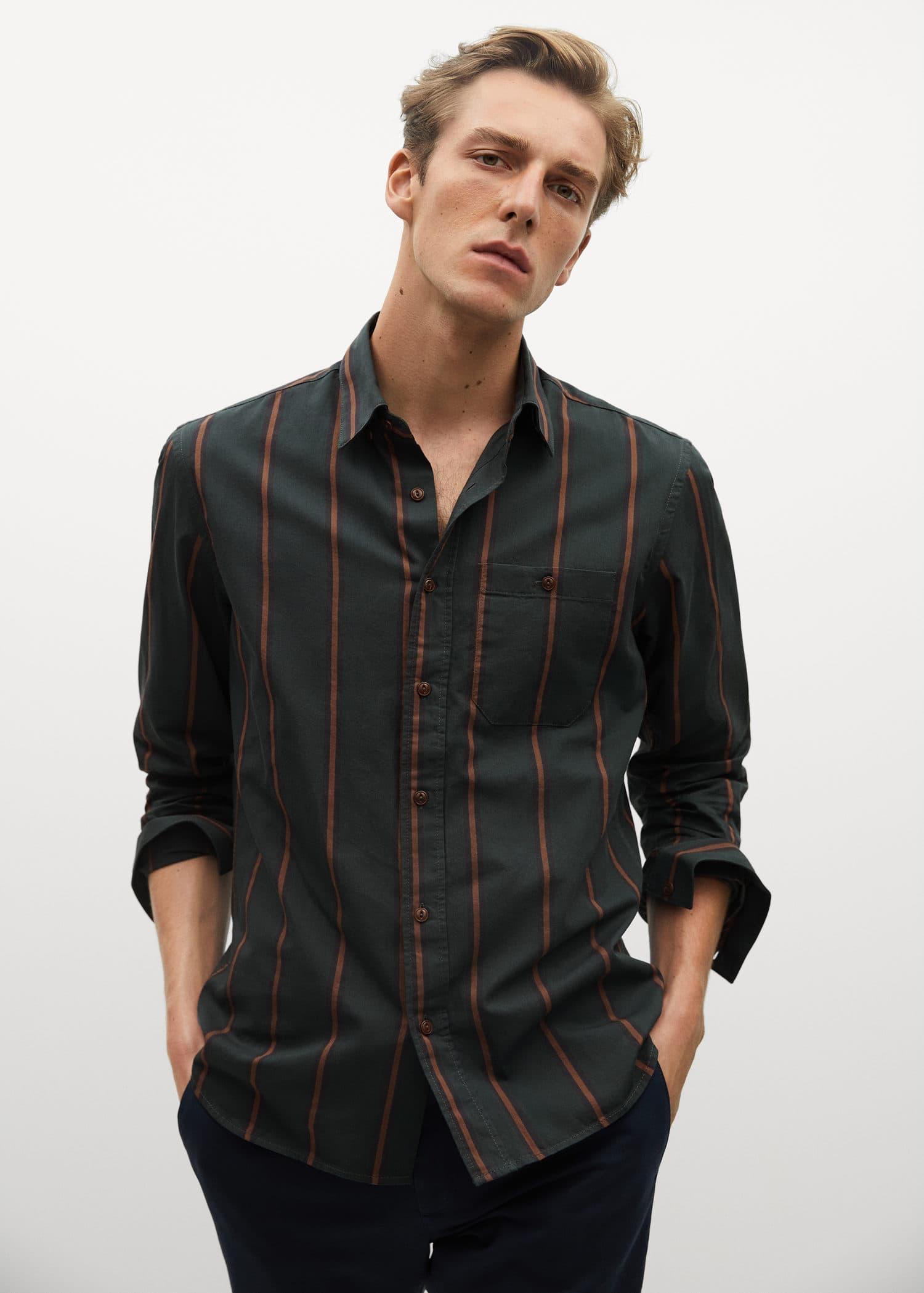 Skjorte regular fit i bomull og lin Menn | Mango Man Norge