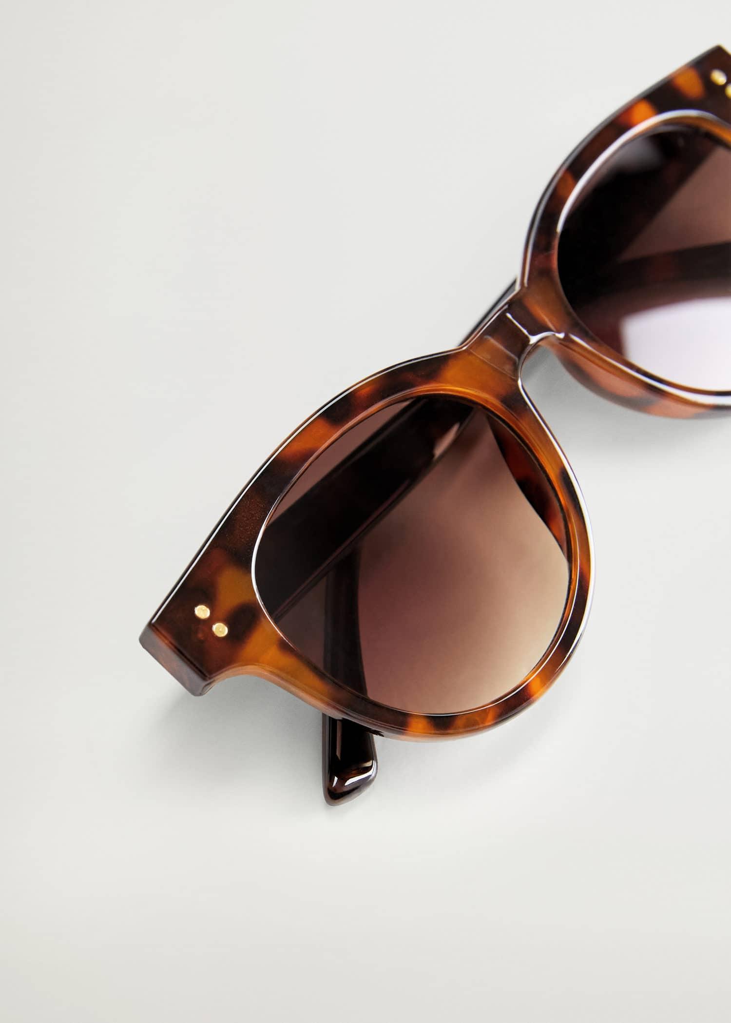 Gafas De Sol Tallas Grandes 2020 Violeta By Mango Espana