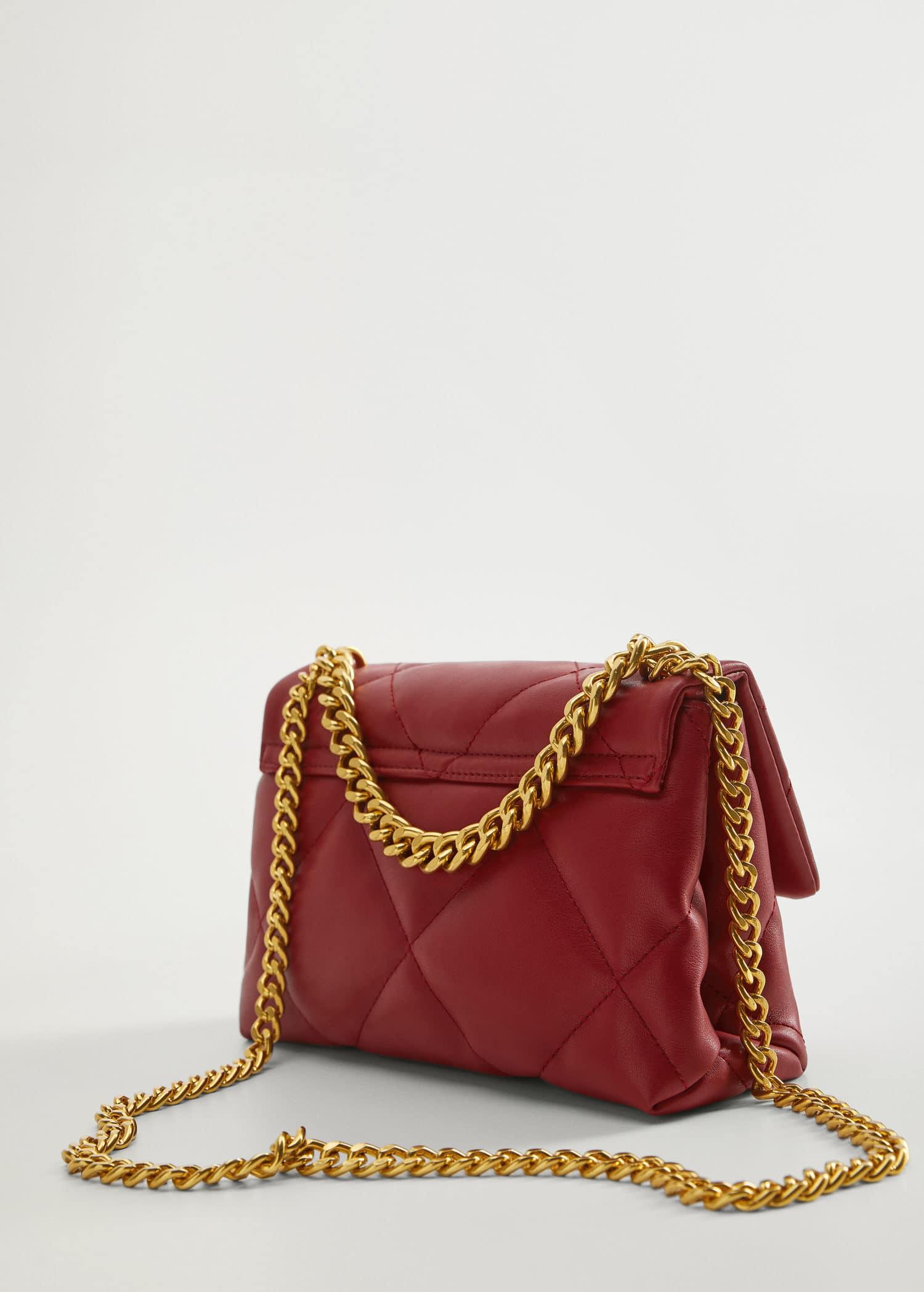 Fodrad väska med kedja Damer   Mango Sverige