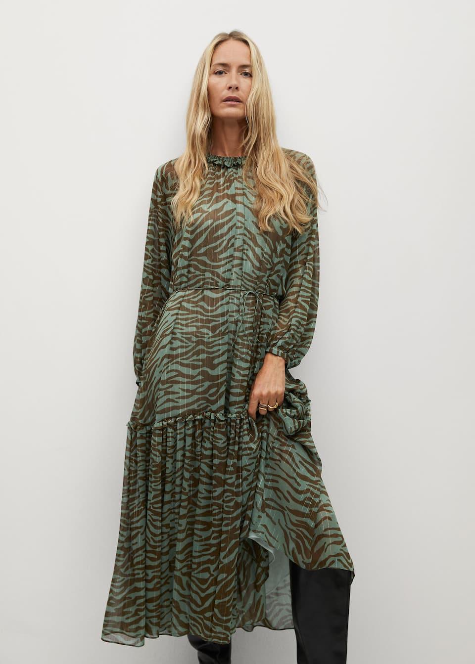Langes kleid mit animal print   Damen   Mango Deutschland