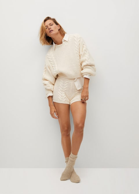 Cable Knit Sweater Cream