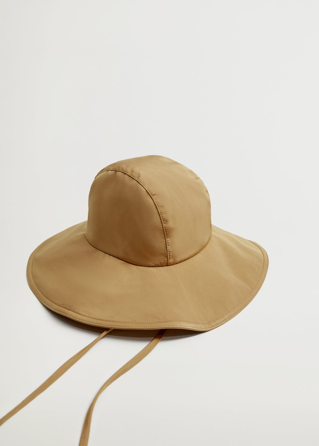 Bucket hat with straps - Details of the article 2