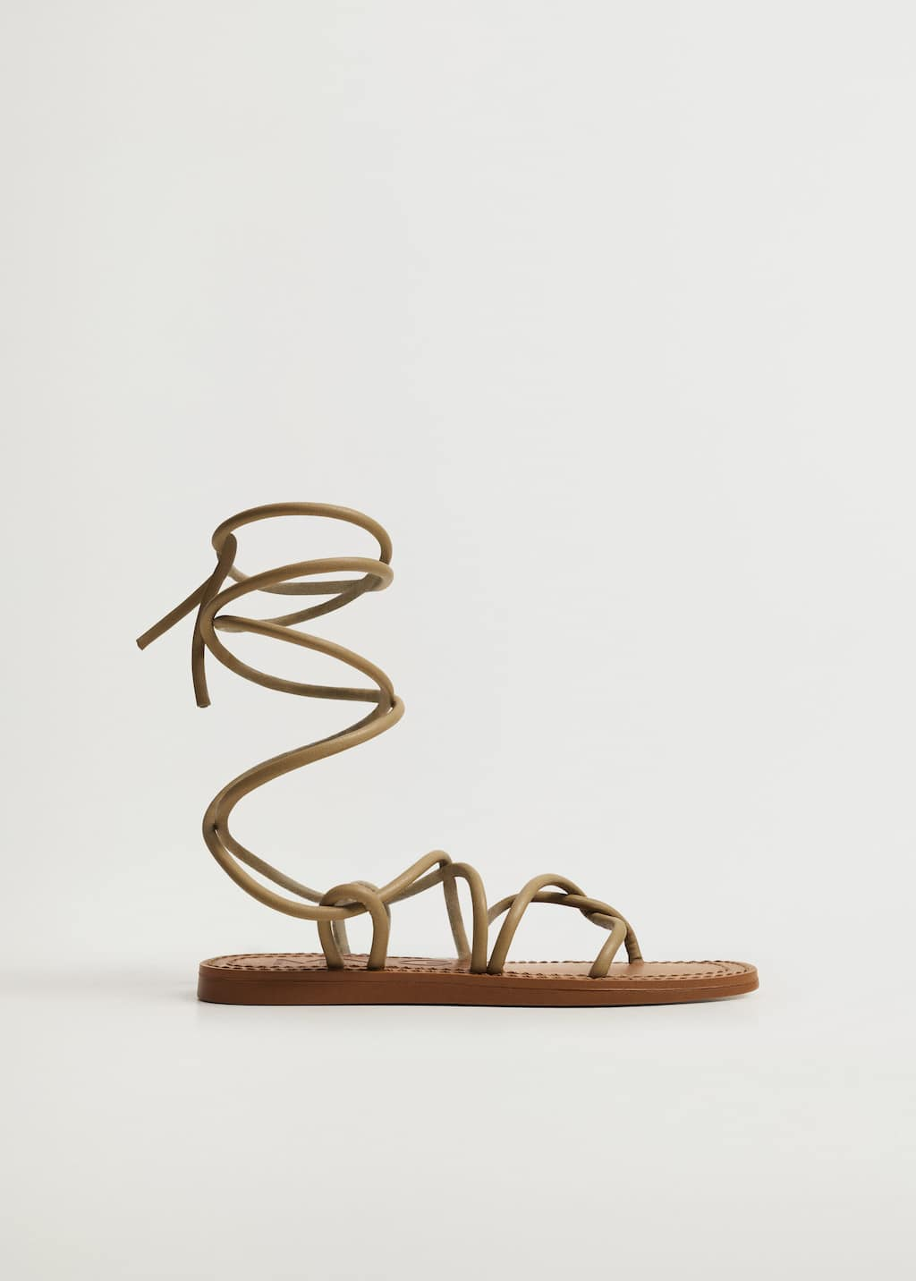 Criss-cross straps sandals - Article without model