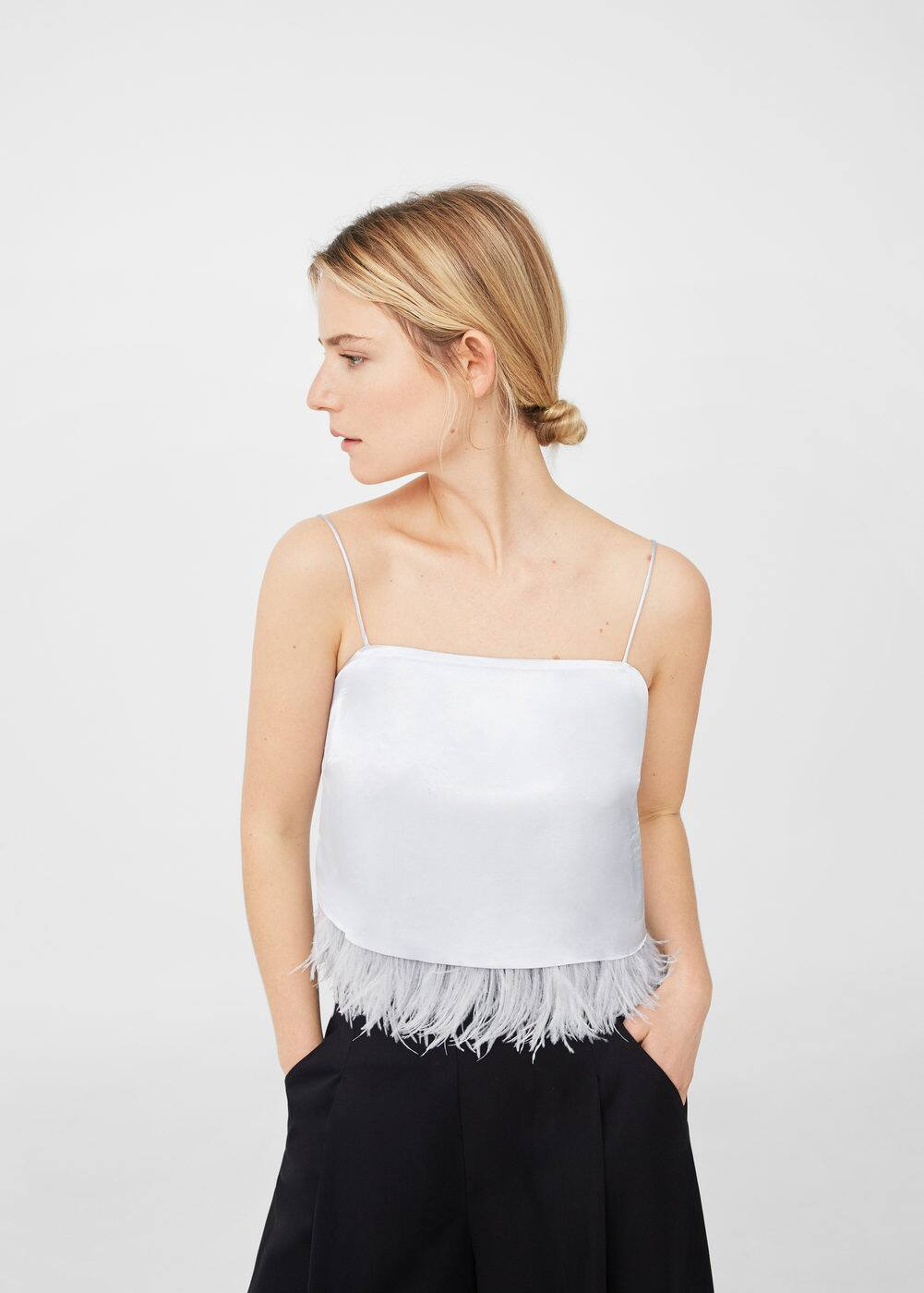 Satin feather top | MANGO