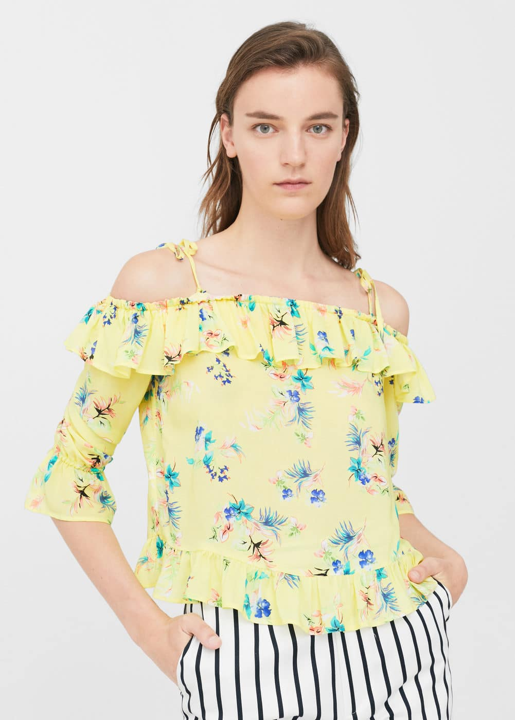 Floral off-shoulder blouse | MANGO