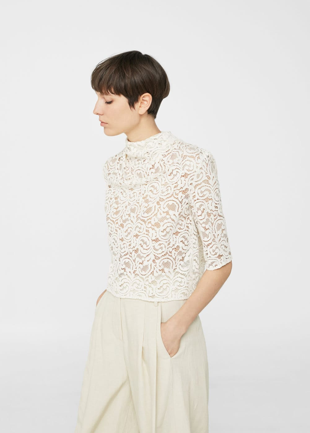 Lace slit blouse | MANGO
