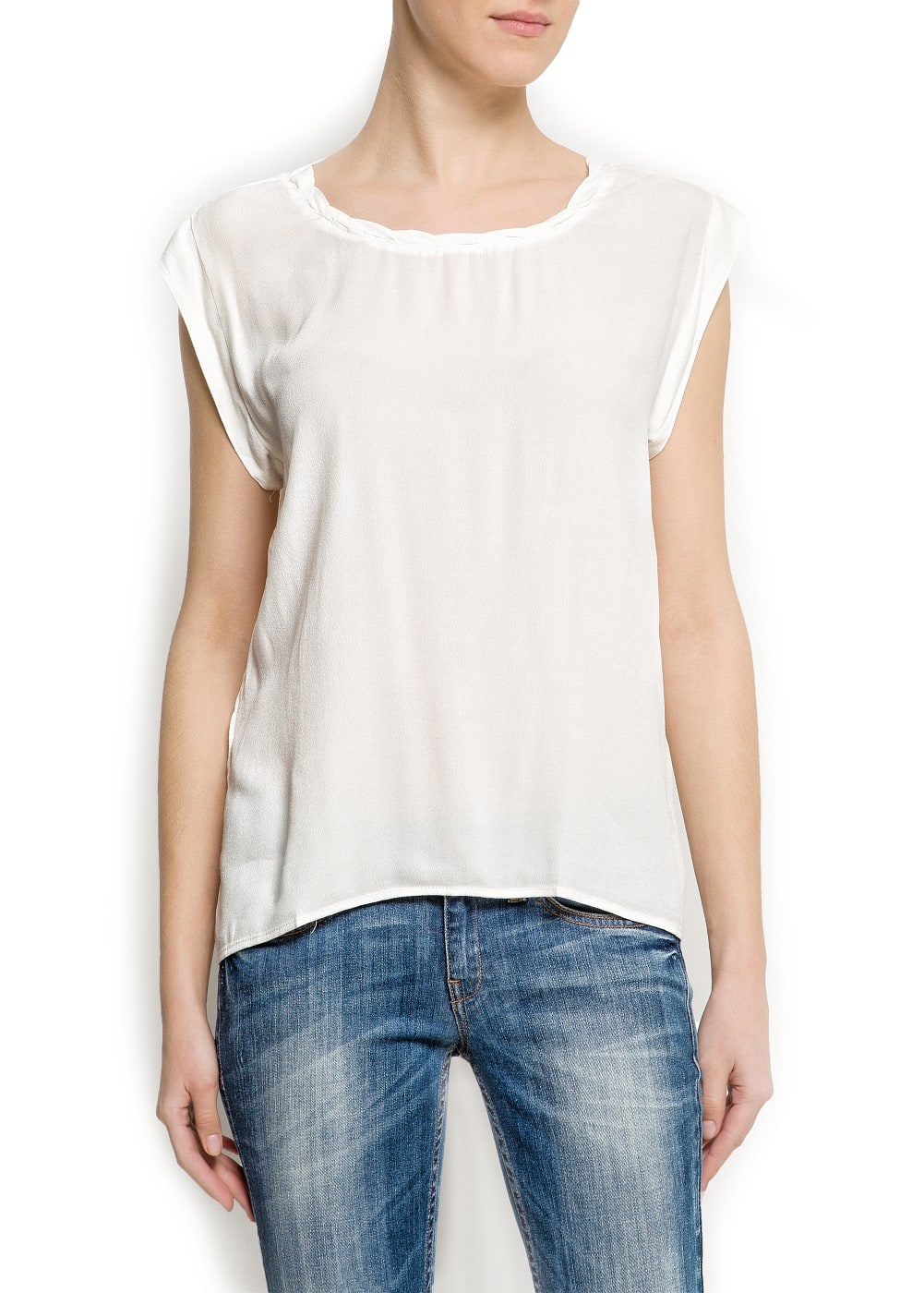 Pleated neck blouse | MANGO
