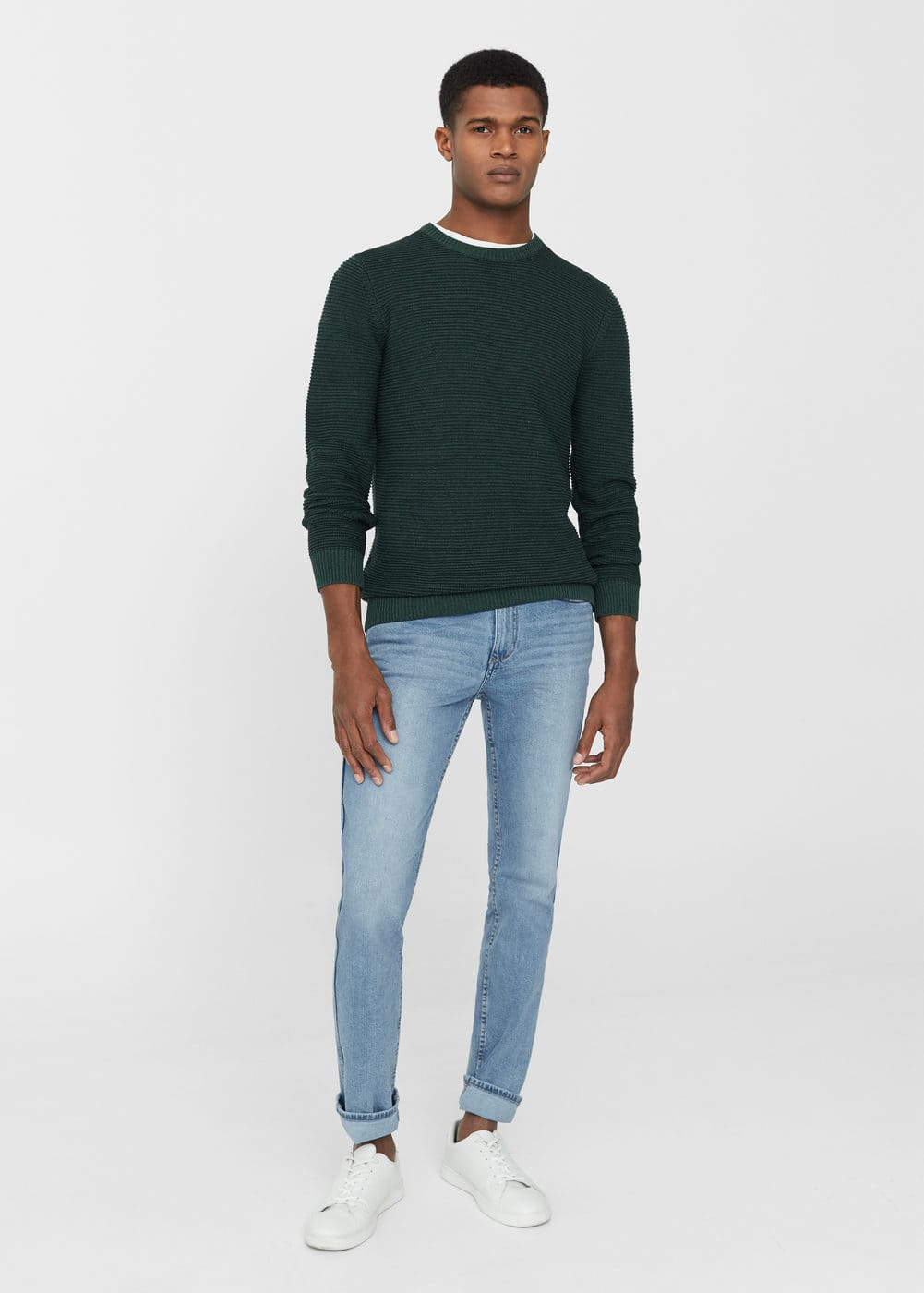 Slim-fit light wash tim jeans | MANGO MAN