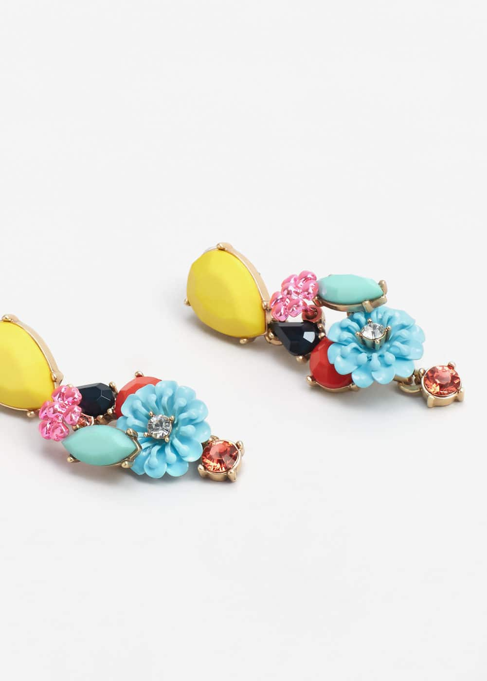 Flower pendant earrings | MANGO