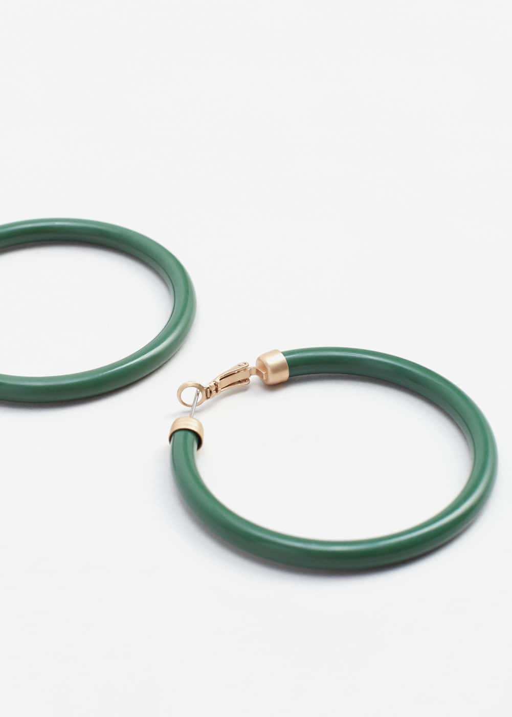 Hoop earrings | MANGO