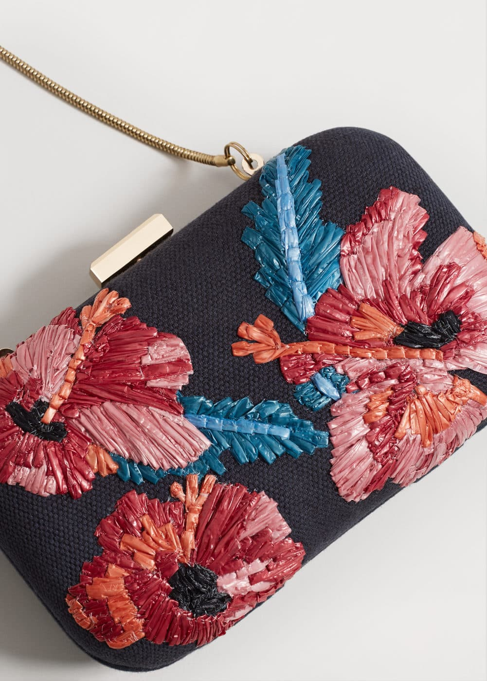Embroidered clutch | MANGO