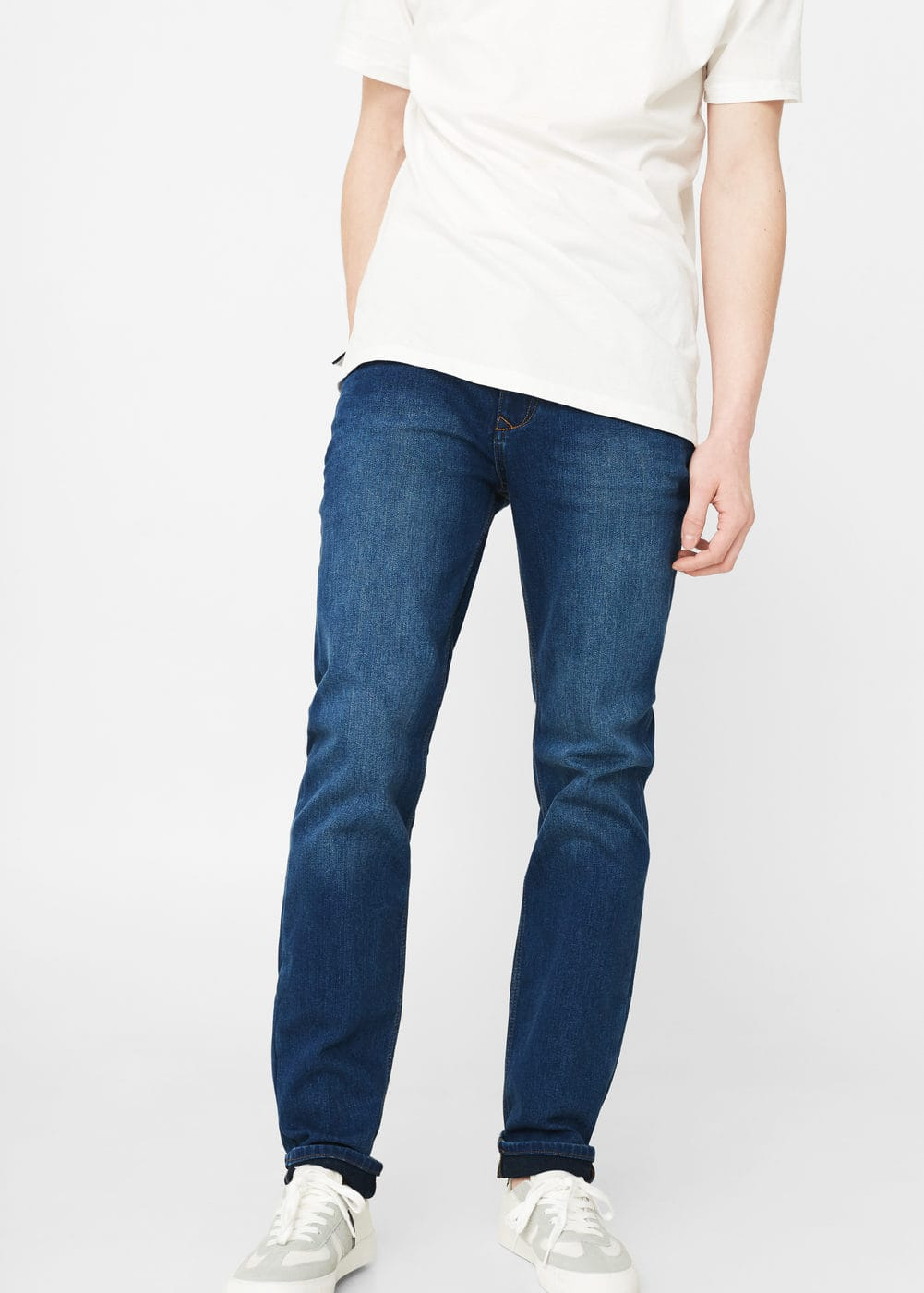 Slim-fit medium wash jan jeans | MANGO MAN