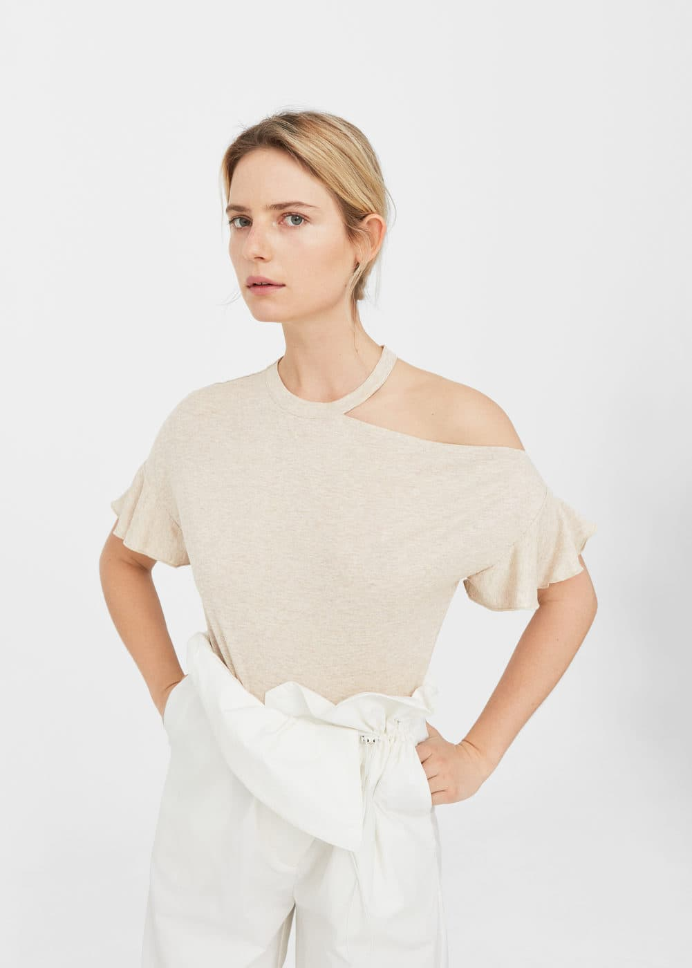 Ruffled asymmetric t-shirt | MANGO