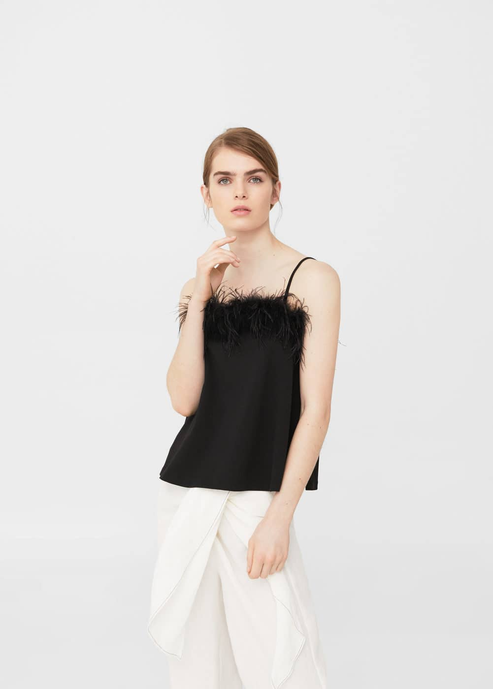 Feathers top | MANGO