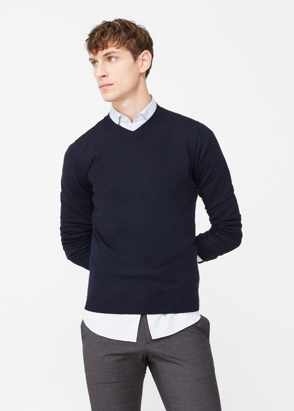 V-neck wool sweater | MANGO MAN