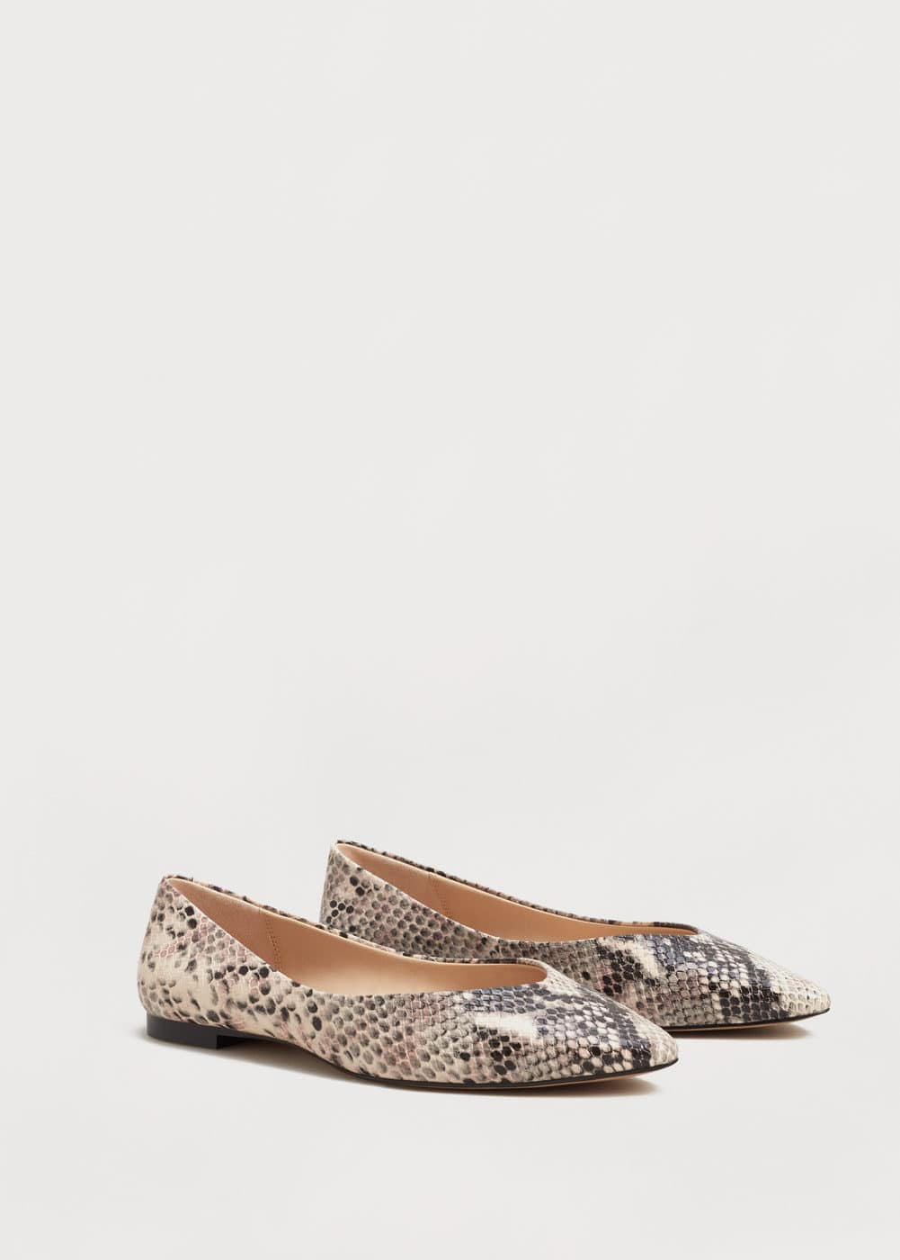 Snake-finish flat shoes | VIOLETA BY MANGO