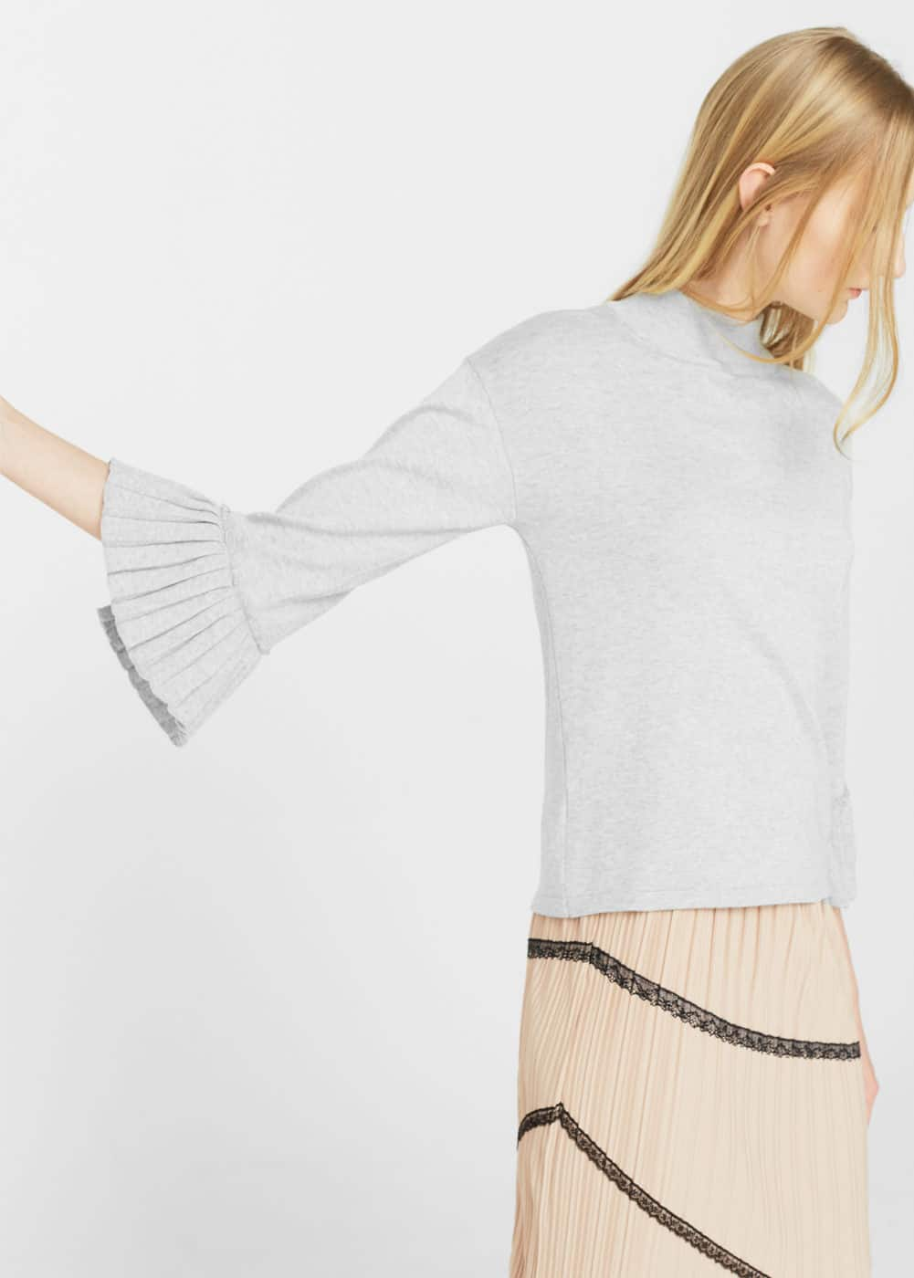 Pleated sleeves sweater | MANGO