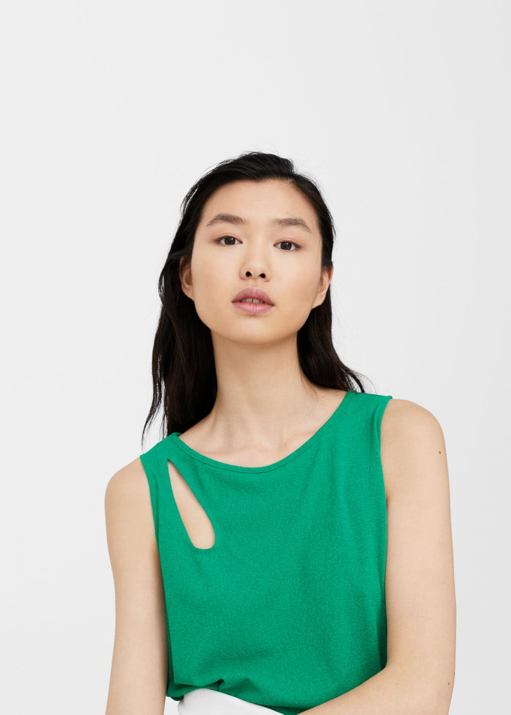 Cut-out detail top | MANGO