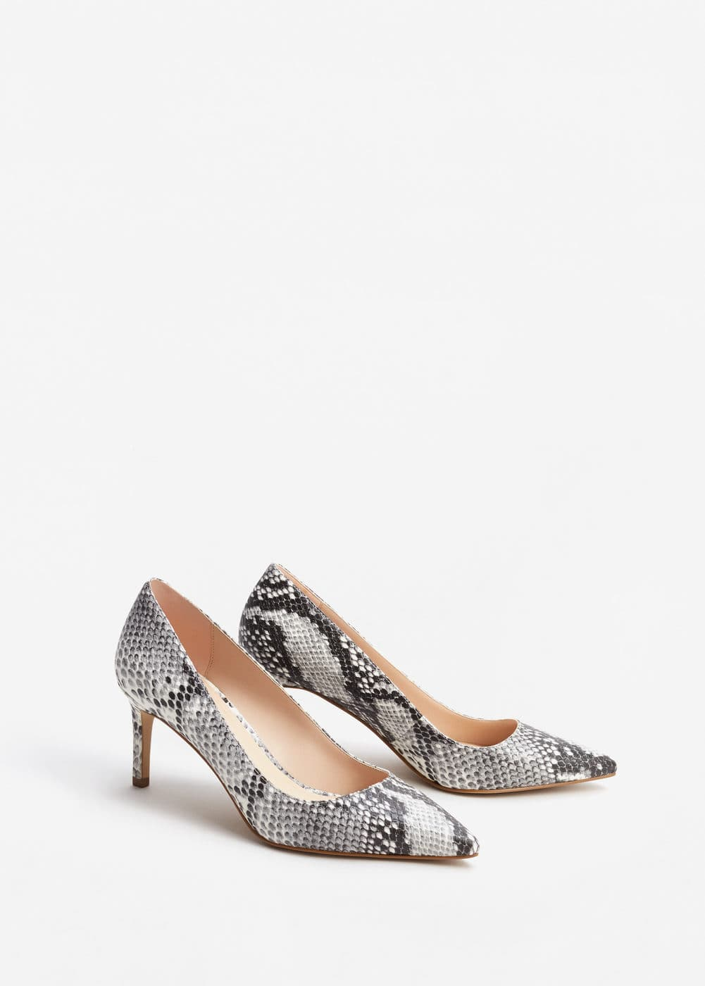 e08e1bce8c Snake-finish pumps - Woman | MANGO Gibraltar