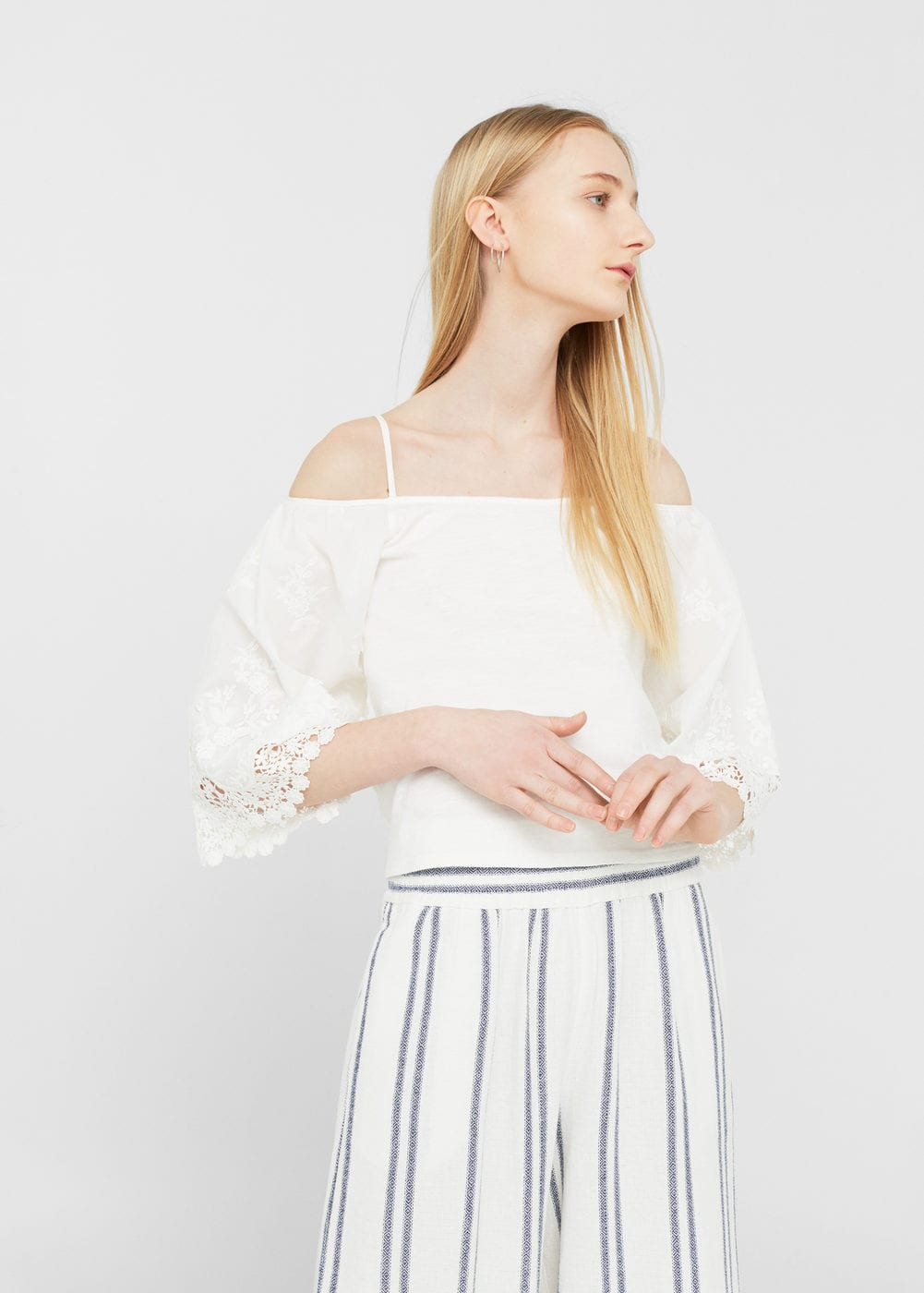 Off shoulder-bluse | MANGO