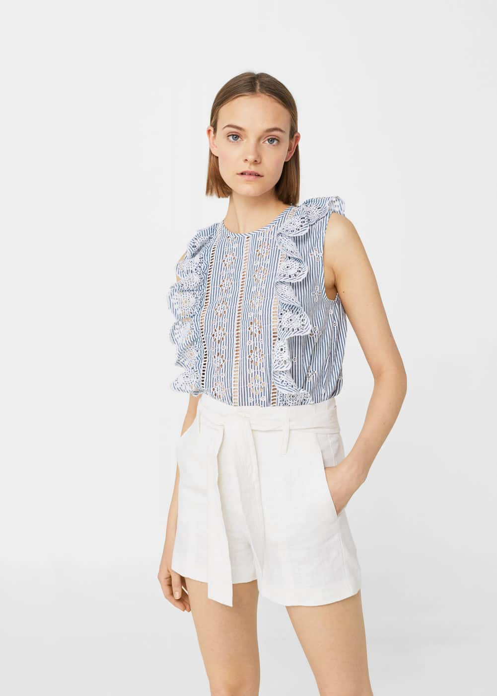 Ruffles embroidered top | MNG