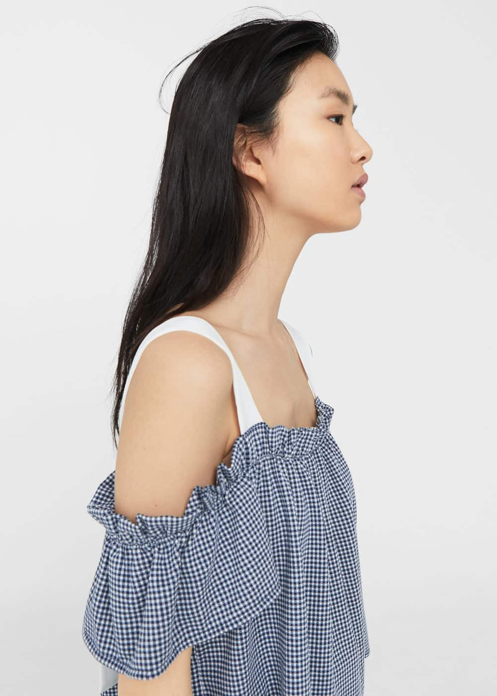 Off-shoulder top mit vichy-karos | MANGO