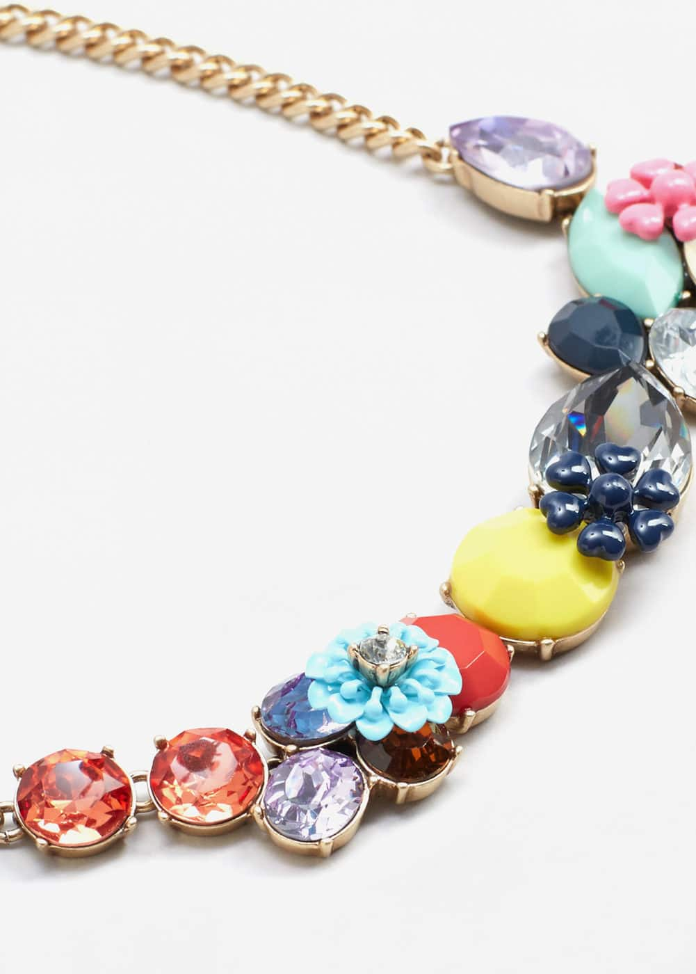 Flower necklace | MANGO